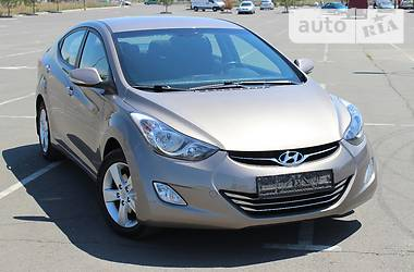 Hyundai Elantra 1.8i 2013