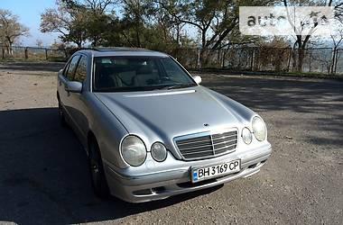 Mercedes-Benz E-Class Elegant 1999