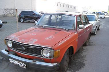 Ретро автомобили Классические Volvo 144 1974