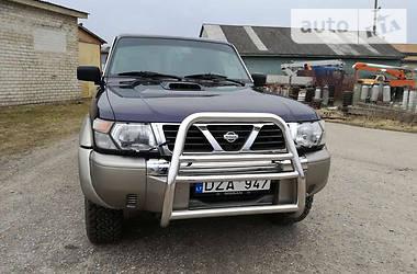 Nissan Navara  2000