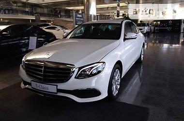 Mercedes-Benz E-Class E200 4matic NEW 2017