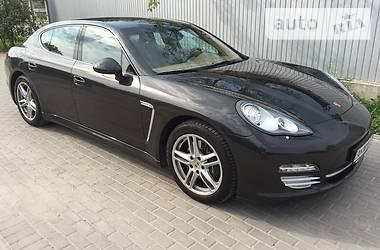 Porsche Panamera 4S 4matic 2012