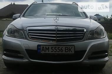 Mercedes-Benz C-Class C200 7G-TRONIK 2012