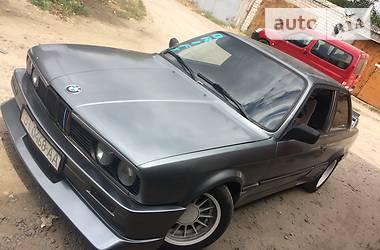 BMW 335 1986