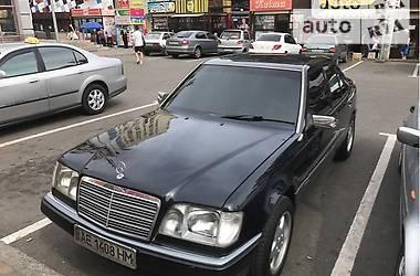 Mercedes-Benz 300 E 1992