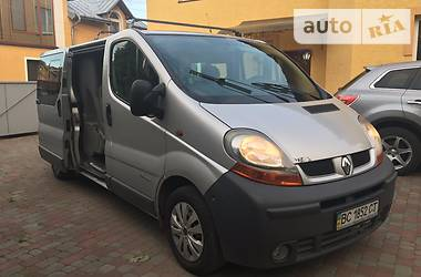 Renault Trafic пасс. Long A/C 2004