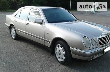 Mercedes-Benz E-Class W210 1998