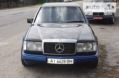 Mercedes-Benz 260 124 1990