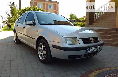 Volkswagen Bora 1.4i NAVI 2000
