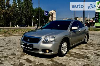 Mitsubishi Galant 2010