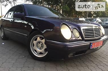 Mercedes-Benz E-Class 4.2 Avangarde 1997
