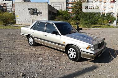 Nissan Laurel C32 1987