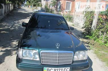 Mercedes-Benz E-Class 250D W124 1995