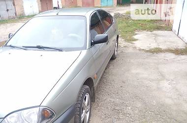 Toyota Avensis 2001