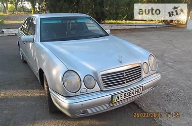Mercedes-Benz E-Class 4 MATIC  Avangard 1998