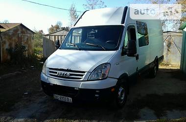 Iveco Daily пасс. 35S18 2007