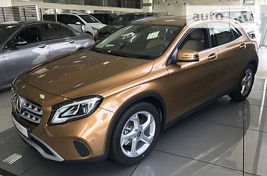 Mercedes-Benz GLA-Class 200 2017