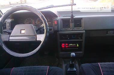 Nissan 160B Bluebird т12 1988
