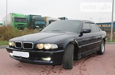BMW 735 2000