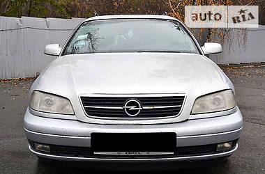 Opel Omega 2.2 2002