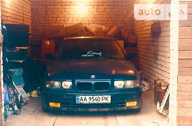 BMW 318 (328) 1992