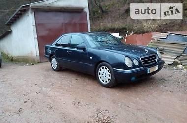 Mercedes-Benz E-Class 210 1996