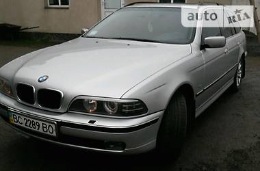 BMW 530 turing 2000