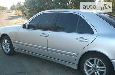 Mercedes-Benz 220 W210 2001