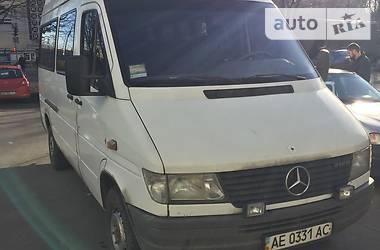 Mercedes-Benz Sprinter 212 пасс. 1995