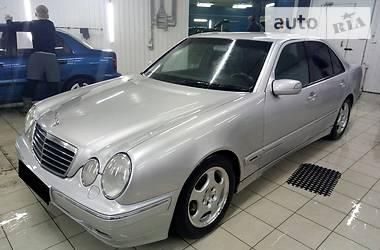 Mercedes-Benz E-Class Е240 2000