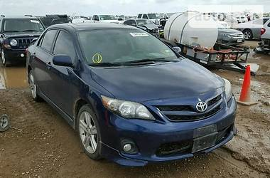 Toyota Corolla BASE 2013