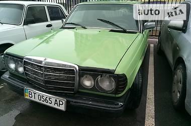 Mercedes-Benz 200 w123 1980