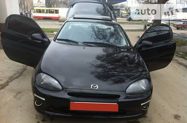 Mazda MX-3 v6 1993
