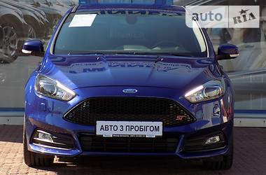 Ford Focus ST 250HP 2016
