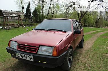 ВАЗ 2109 210993 1993