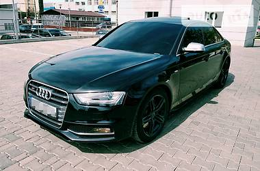 Audi S4 333 p.s 2015