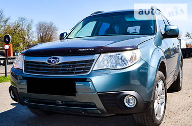 Subaru Forester 2.5 МТ 2008