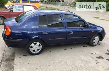 Renault Symbol Expression 16v 2003