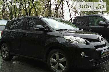 Toyota Auris URBAN 2010