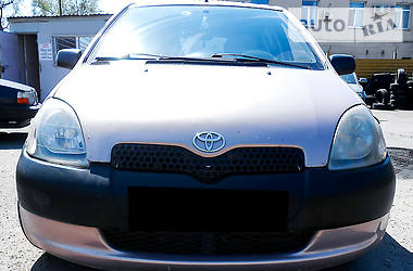 Toyota Yaris 1.0 2001