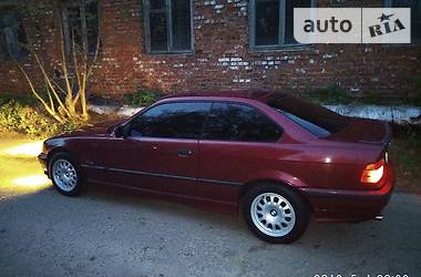 BMW 318 318is 1995