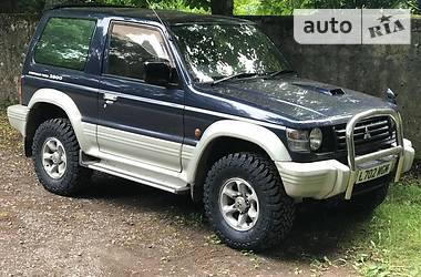 Mitsubishi Pajero  1992
