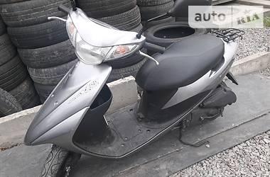 Suzuki 50 2005