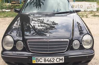 Mercedes-Benz 210 avantgarde 2001