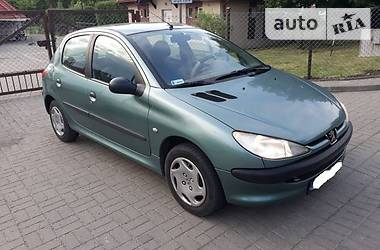 Peugeot 206 1.1i 70KC 1999