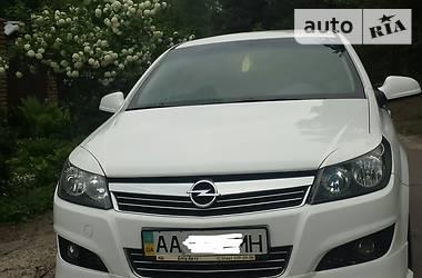 Opel Astra H 2.2 i 16V ECOTEC 2012