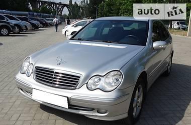 Mercedes-Benz C 200 Avangard 2001