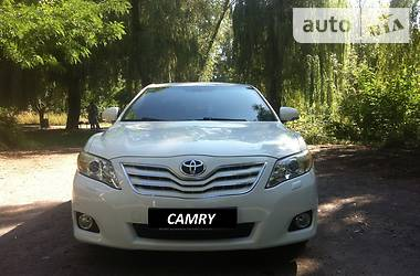 Toyota Camry Restyling. 2010