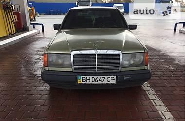 Mercedes-Benz 240 1987