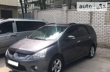 Mitsubishi Grandis 2.4i 2009